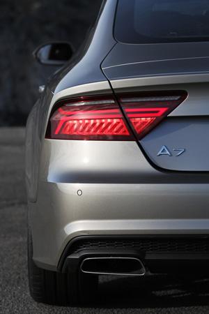 Foto Detalles 6 Audi A7-sportback-ultra Dos Volumenes 2015