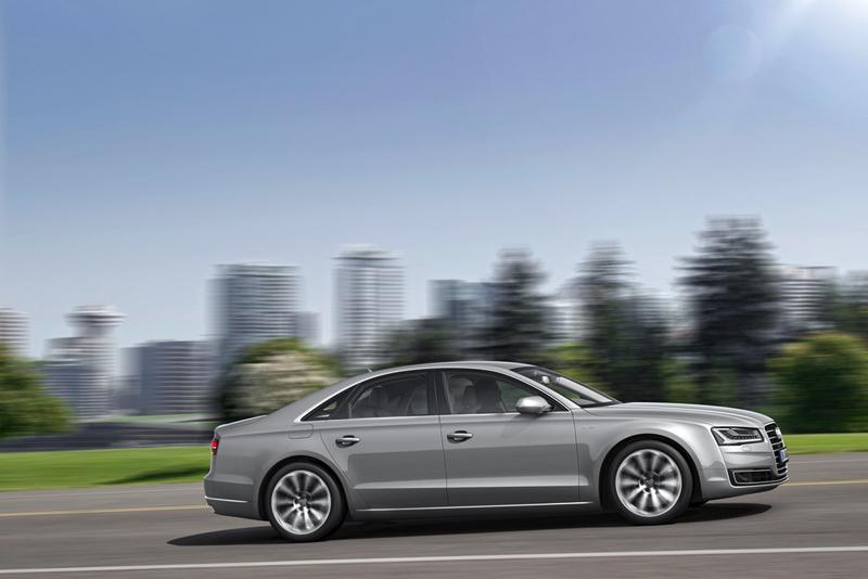 Foto Exteriores (1) Audi A8 Berlina 2013