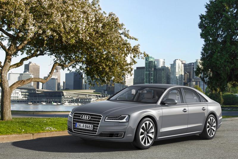 Foto Exteriores Audi A8 Berlina 2013