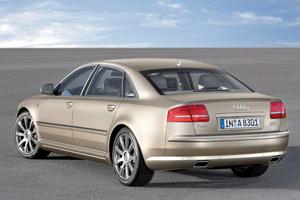 Foto Trasero Audi A8 Sedan 2006