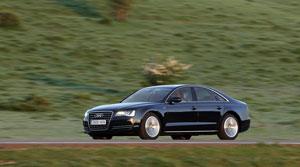 Foto Exteriores (1) Audi A8-hibrido 2012
