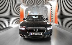 Foto Exteriores (11) Audi A8-hibrido 2012
