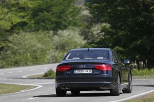 Foto Exteriores (9) Audi A8-hibrido 2012