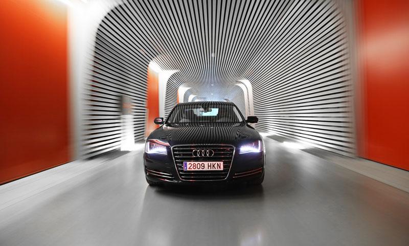 Foto Exteriores (10) Audi A8-hibrido 2012