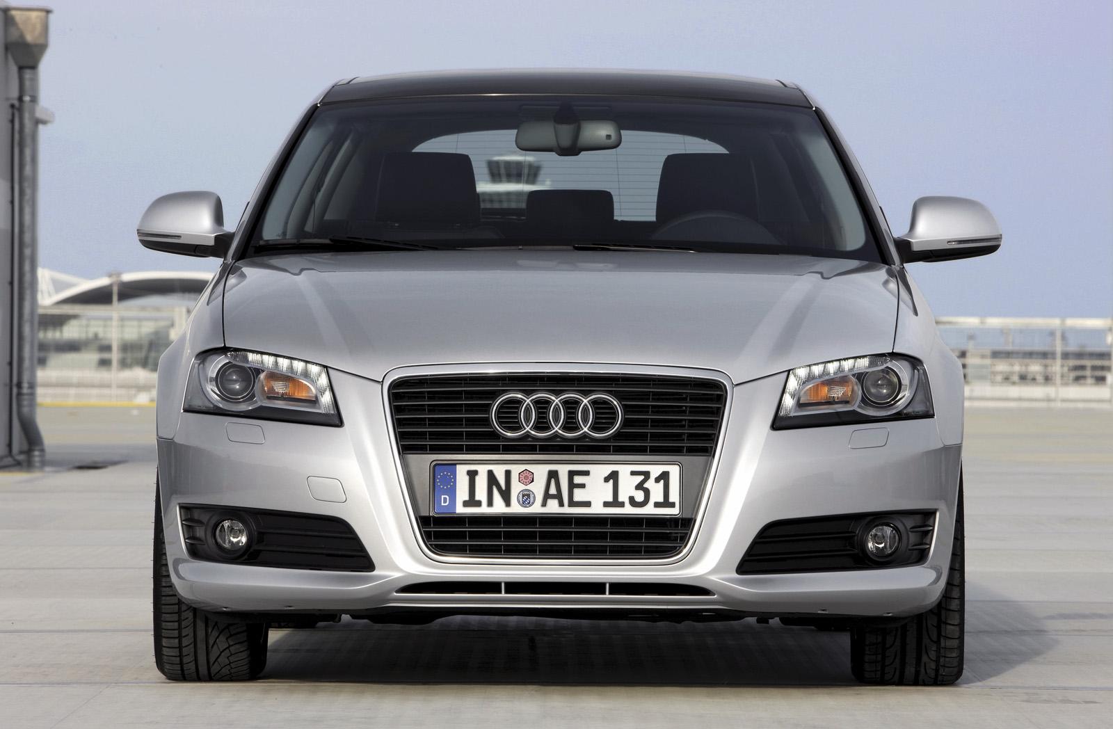 Foto audi a3 sportback frontal 2008 audi coches historicos for Dimensioni audi a3 sportback 2008