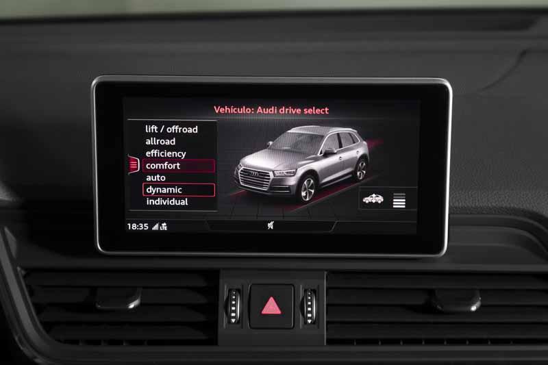 Audi Q5 2017, vista interior