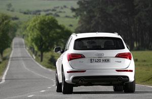 Foto Exteriores (12) Audi Q5-hibrido 2012