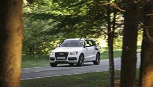 Foto Exteriores (13) Audi Q5-hibrido 2012