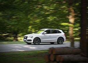 Foto Exteriores (17) Audi Q5-hibrido 2012