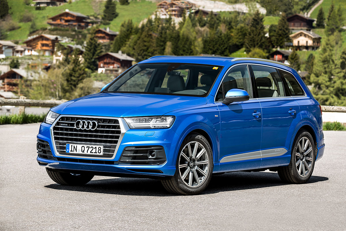 foto delantera audi q7 suv todocamino 2015. Black Bedroom Furniture Sets. Home Design Ideas
