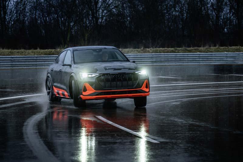Foto Audi e-tron S