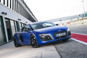 Foto Exteriores (10) Audi R8 Cupe 2012