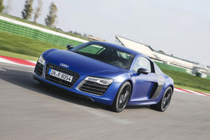Foto Perfil Audi R8 Cupe 2012