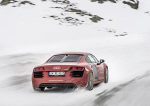 Foto Exteriores (2) Audi R8-e-tron Cupe 2013