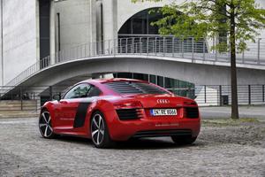 Foto Exteriores (7) Audi R8-e-tron Cupe 2013