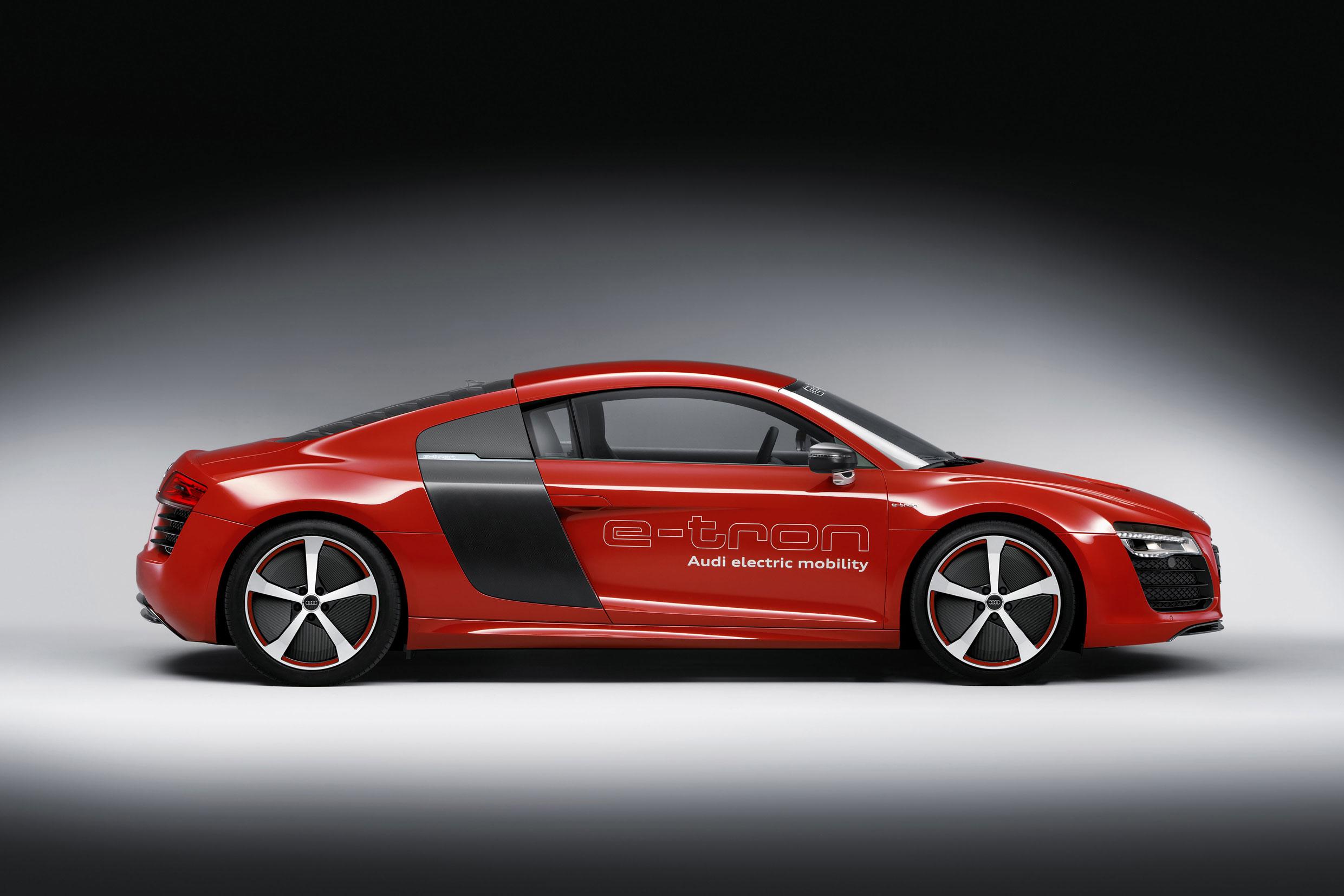 Foto Lateral Audi R8 E Tron Cupe 2013
