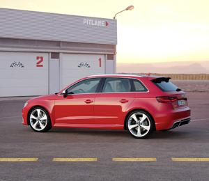 Foto Exterior (1) Audi Rs3-sportback Dos Volumenes 2015