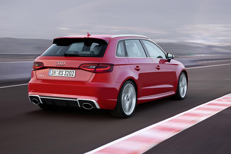 Foto Exterior (4) Audi Rs3-sportback Dos Volumenes 2015