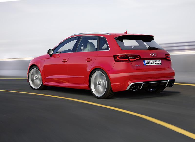 Foto Exterior (6) Audi Rs3-sportback Dos Volumenes 2015