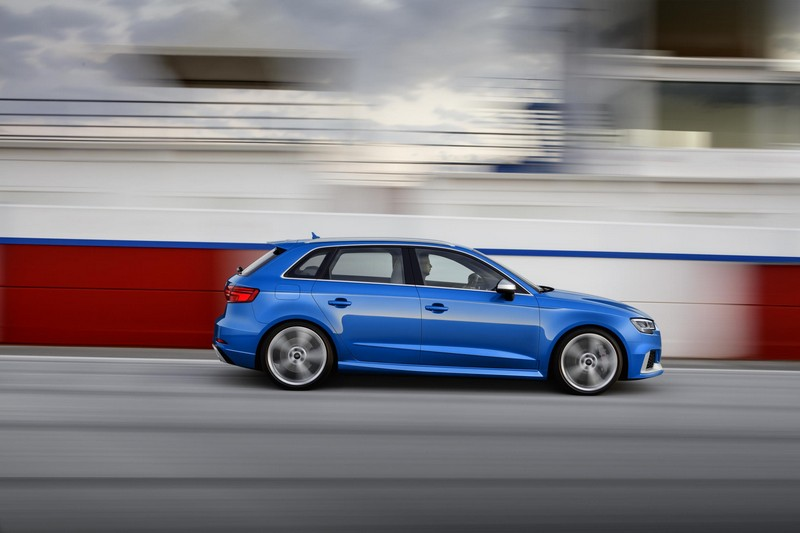Audi RS 3 Sportback 2017, foto lateral