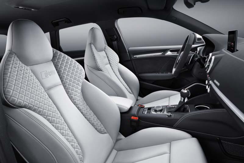 Foto Interiores (11) Audi Rs3-sportback Dos Volumenes 2017