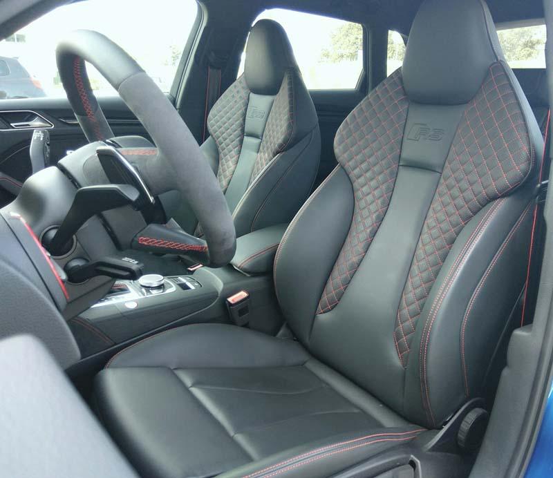 Audi RS 3 Sportback 2017, foto asientos delanteros