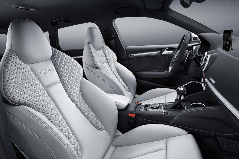 Foto Interiores Audi Rs3-sportback Dos Volumenes 2017
