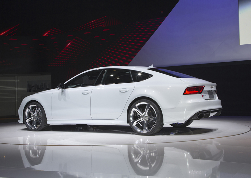 Foto Exteriores Audi Rs7 Cupe 2013