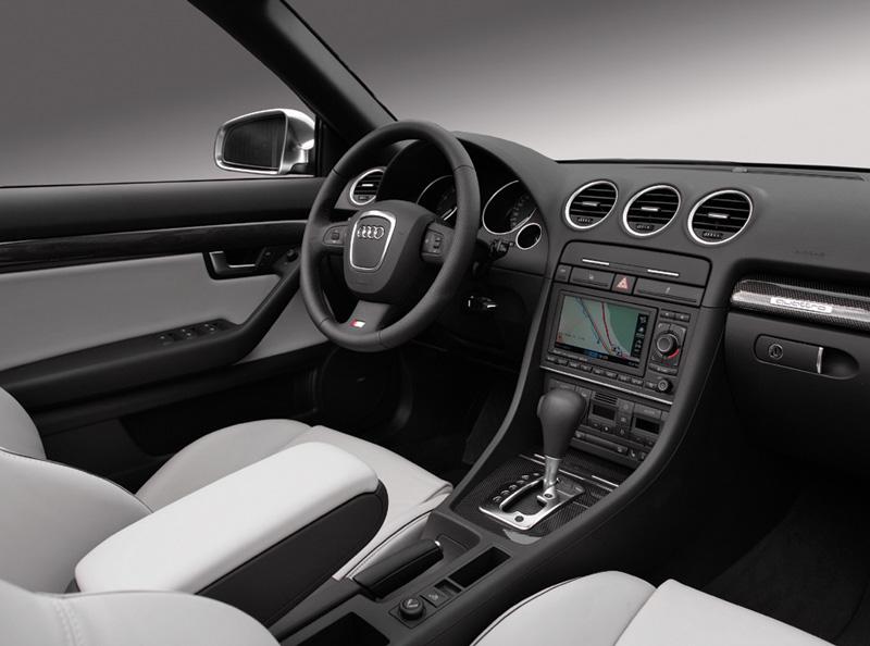 Foto Salpicadero Audi S4 Descapotable 2008