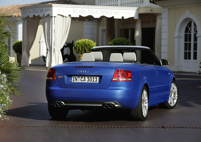 Foto Trasero Audi S4 Descapotable 2008