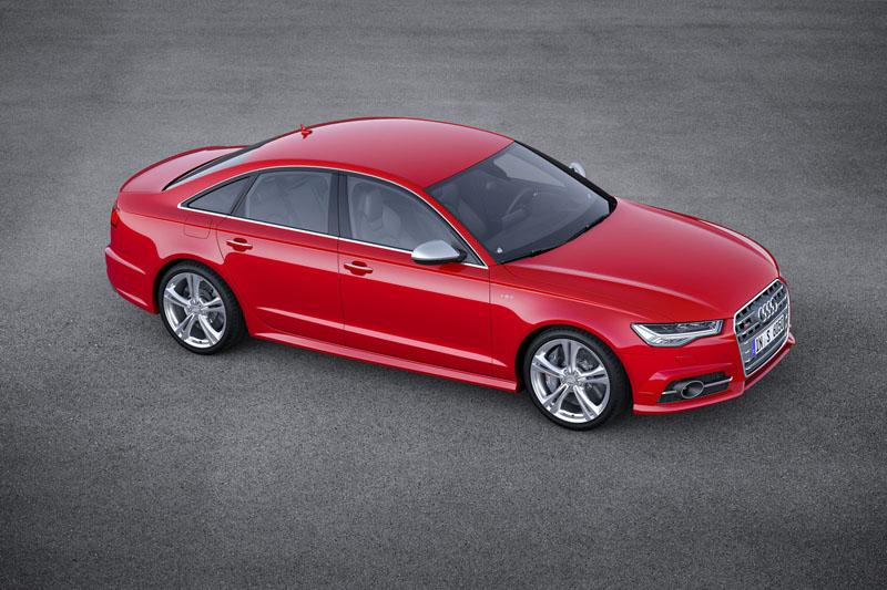 Foto Lateral Audi S6 Sedan 2014