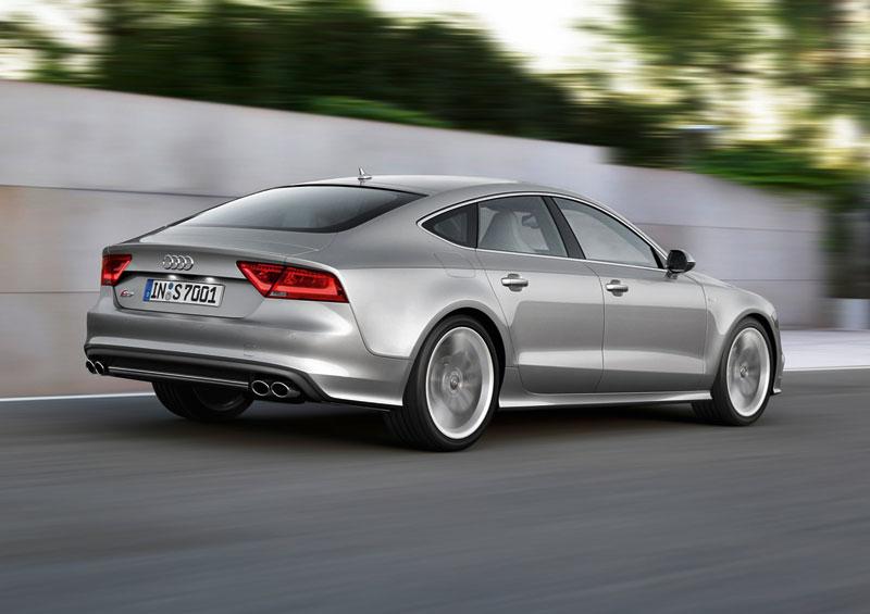 Foto Trasera Audi S7 Dos Volumenes 2012