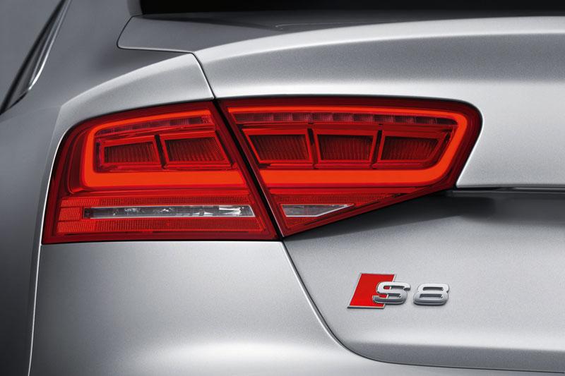 Foto Detalles Audi S8 Sedan 2012