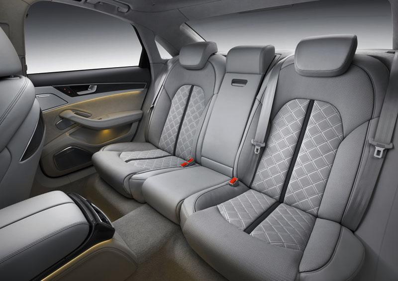 Foto Interiores Audi S8 Sedan 2012
