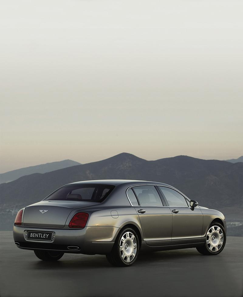 Foto Trasera Bentley Continental Sedan 2009