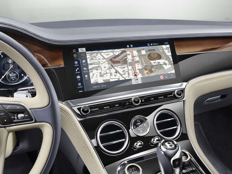 Bentley Continental GT 2017, foto pantalla táctil