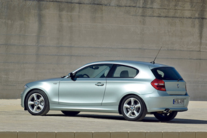 Foto Lateral Bmw Series 1 Dos Volumenes 2008