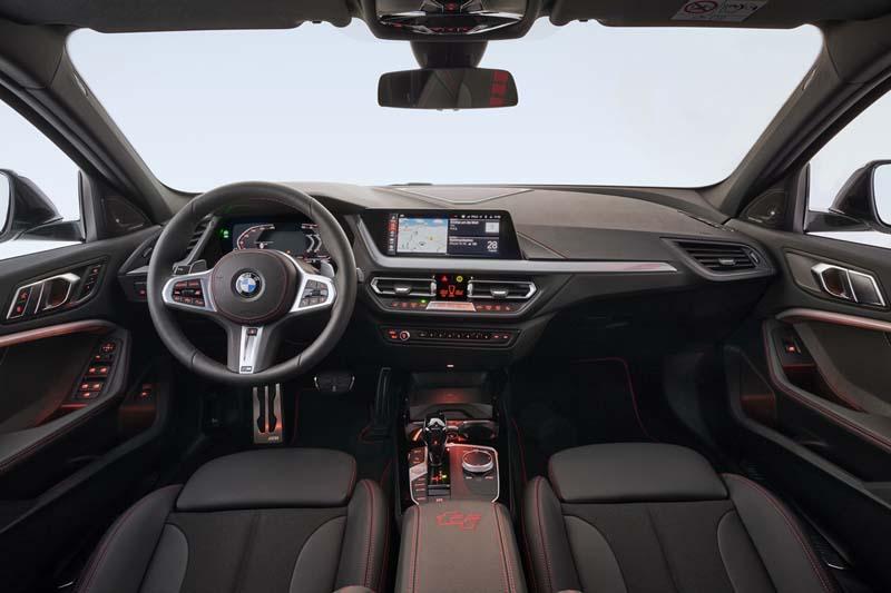 BMW 128ti, foto salpicadero