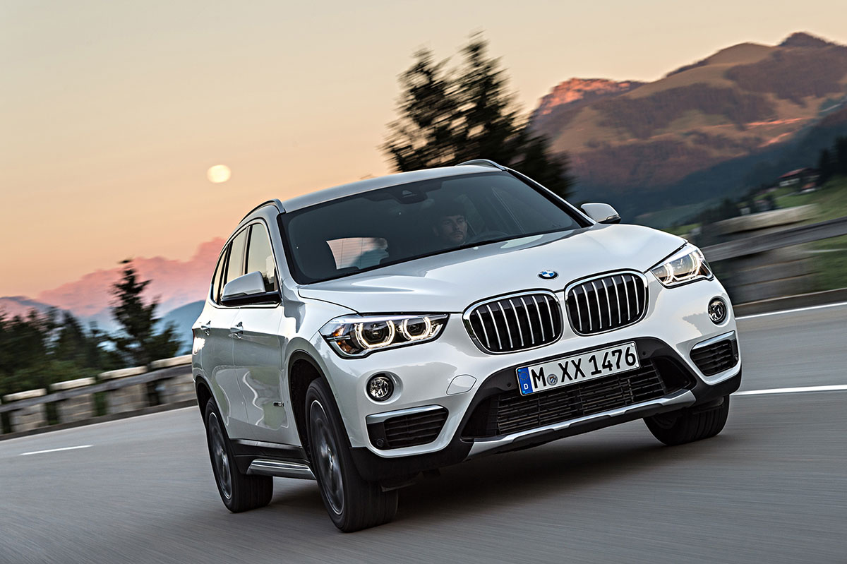 foto exteriores 77 bmw x1 suv todocamino 2015. Black Bedroom Furniture Sets. Home Design Ideas