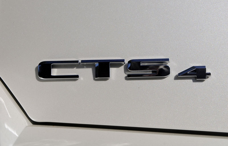 Foto Detalles Cadillac Cts Sport Familiar 2012