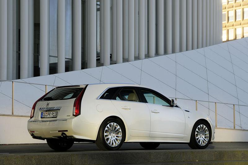 Foto Trasera Cadillac Cts Sport Familiar 2012