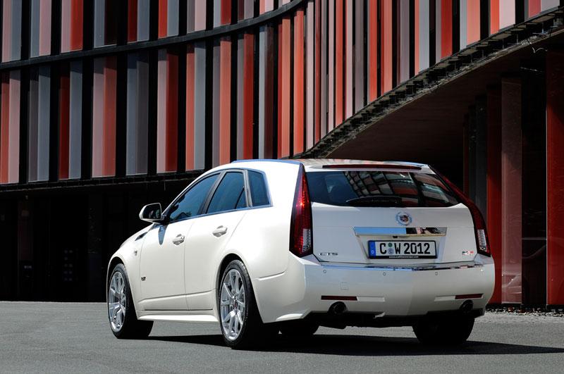 Foto Trasera Cadillac Cts V Familiar 2012