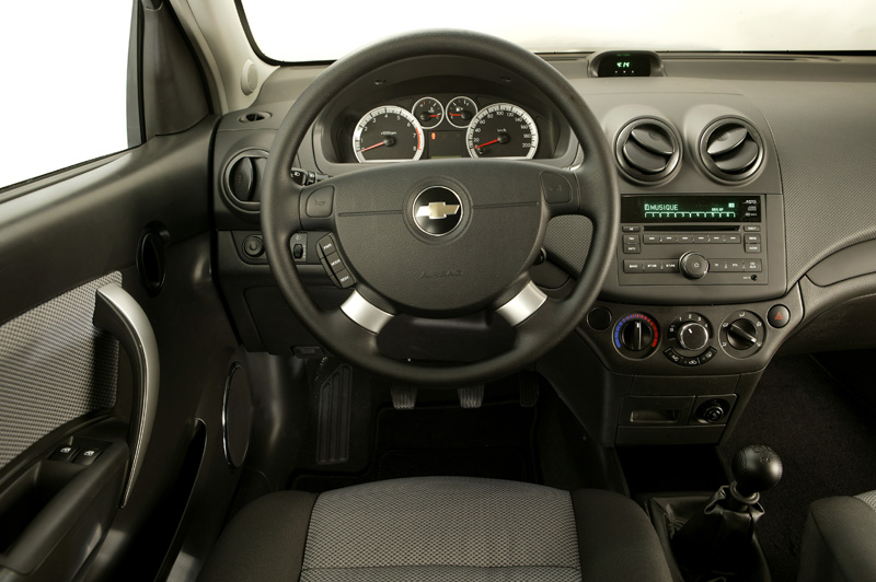 Foto Interiores Chevrolet Aveo Dos Volumenes 2008