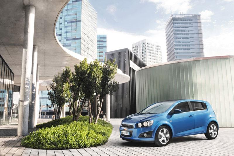Foto Exteriores (3) Chevrolet Aveo Dos Volumenes 2011