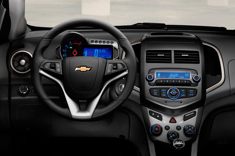 Foto Salpicadero Chevrolet Aveo Dos Volumenes 2011