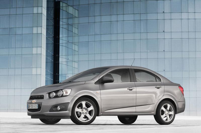 Foto Delantera Chevrolet Aveo Sedan 2011