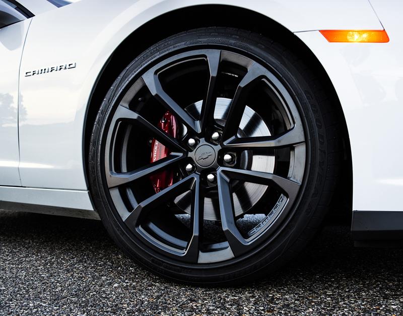 Foto Detalles Chevrolet Camaro Cupe 2012