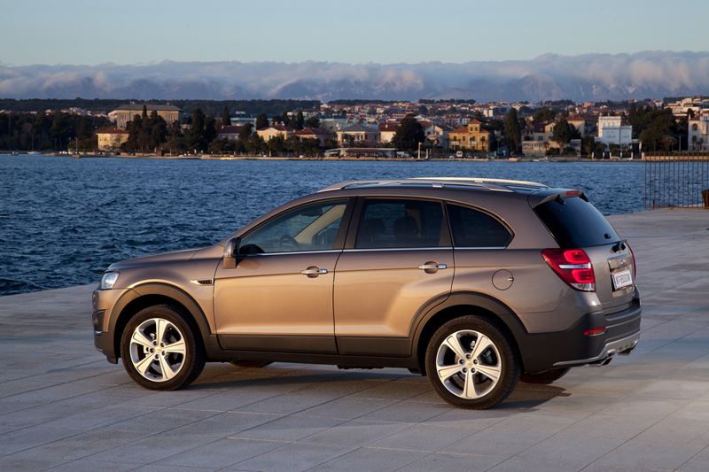 Foto Exteriores (34) Chevrolet Captiva Suv Todocamino 2013