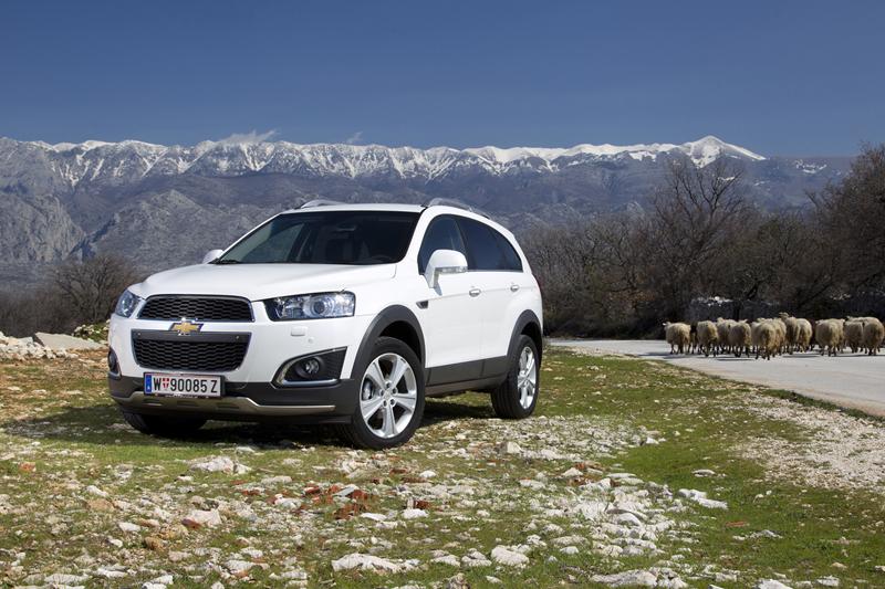 Foto Exteriores (6) Chevrolet Captiva Suv Todocamino 2013