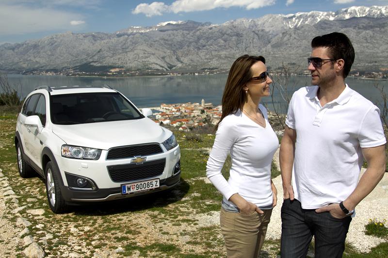 Foto Exteriores (8) Chevrolet Captiva Suv Todocamino 2013